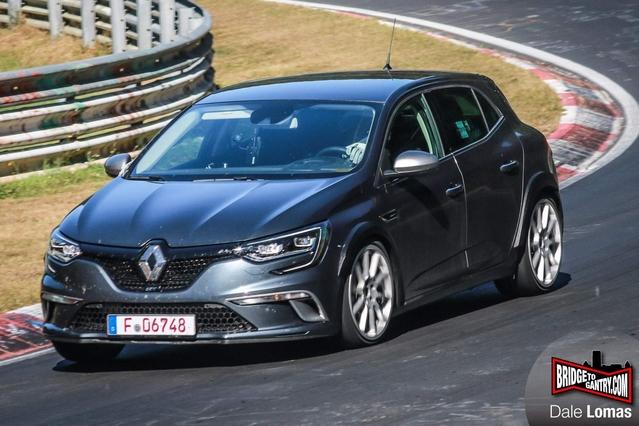 Renault Mégane 4 R.S. : nouveau record en vue sur le Nürburgring ?