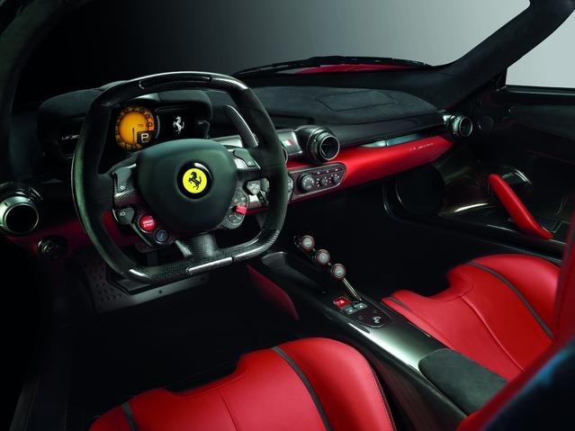 Mondial de Paris 2016 - Ferrari LaFerrari cabriolet: parue-vendue