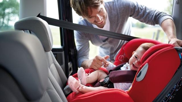 C'est la rentrée: n'oubliez pas de bien attacher vos enfants en voiture!