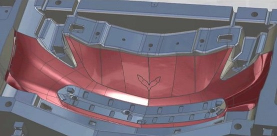 Voici la face avant de la future Corvette