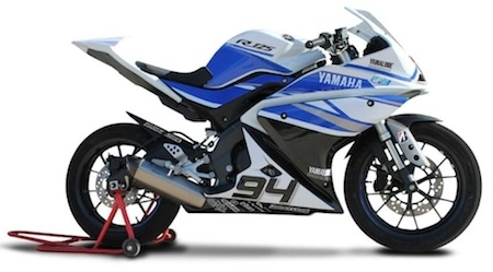 yamaha coupe yzf r125 c 39 est reparti pour la 3 me saison. Black Bedroom Furniture Sets. Home Design Ideas