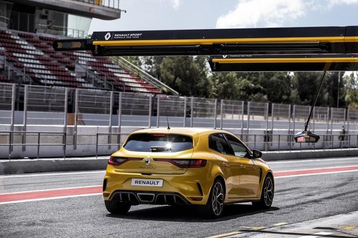 Mondial de Paris 2018 - Renault dévoile la Mégane RS Trophy de 300 ch