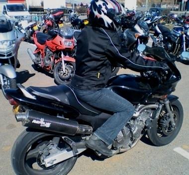Equipement : les oubliées des boutiques moto.