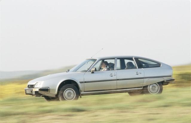 Née en 1974, la CX avait une mission difficile: succéder à la DS.