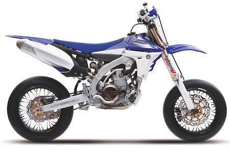 Supermotard 2012: Yamaha, une coupe à l'italienne (vidéo)