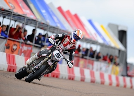Supermotard, championnat du Monde 2013, round 4: Hermunen toujours invaincu, Adrien Chareyre renoue avec le podium