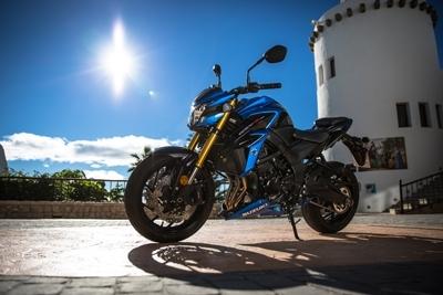 Essai Suzuki GSX-S 750 (2017) : La 1000 en mieux ?