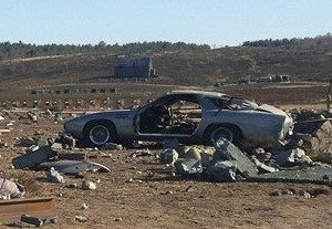 Dans le film Skyfall, ce n'est pas une Aston Martin DB5 qui fut détruite