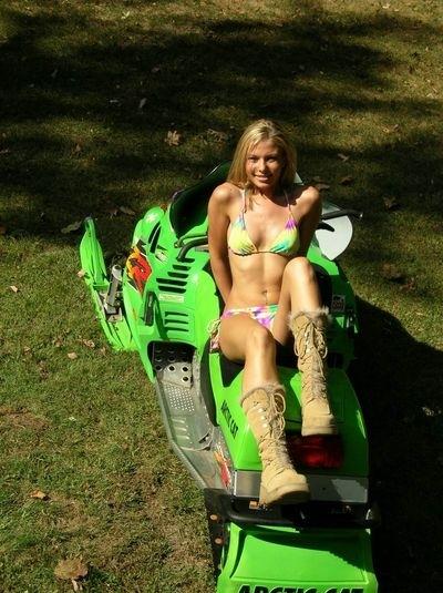 Motoneige & Sexy : Kalei