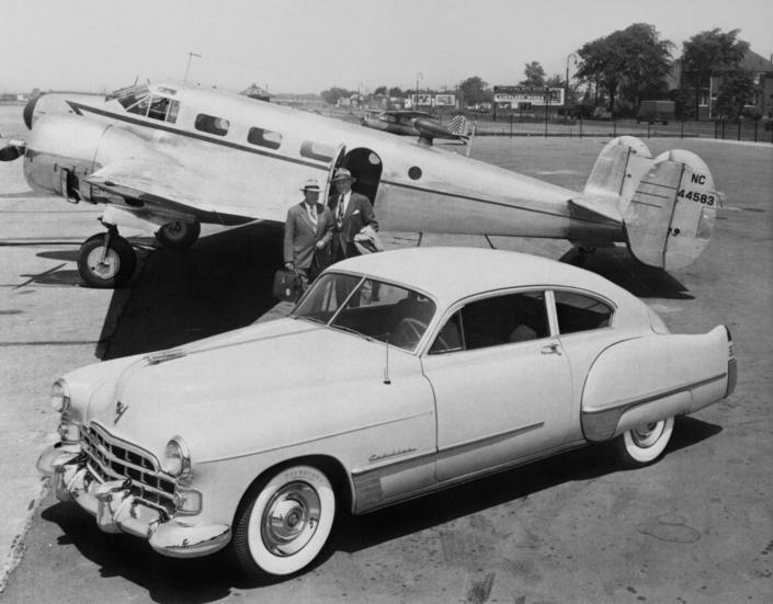Les voitures et l'aviation S1-route-de-nuit-les-voitures-et-l-aviation-672330