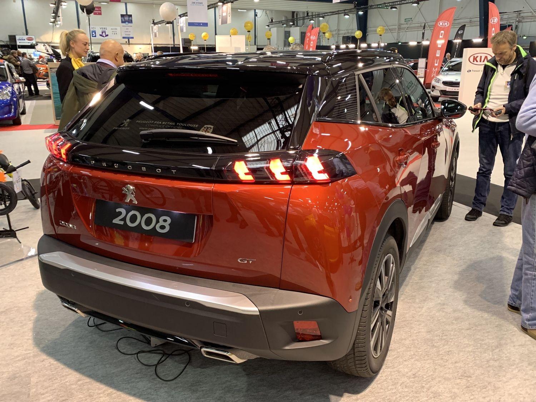 2019 - [Peugeot] 2008 II [P24] - Page 24 S0-salon-de-toulouse-2019-le-plein-de-nouveautes-2008-id-3-captur-reportage-video-611209