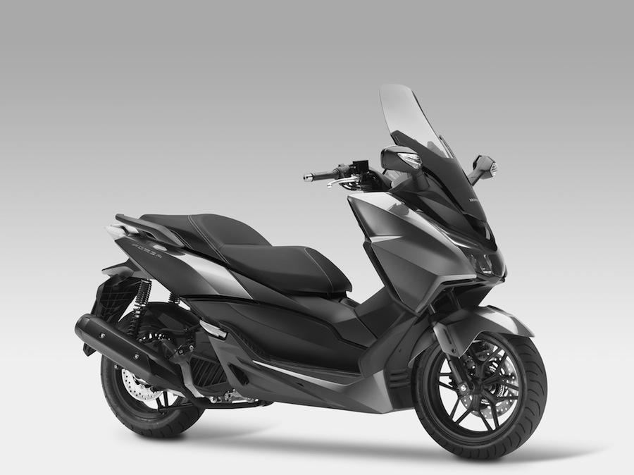 Honda Forza 125 : lancement le 2 avril au tarif de 4599 €