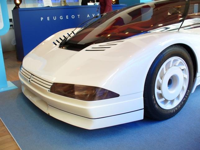 Peugeot OXIA dessin e en 1988 le prototype doit son nom une r gion