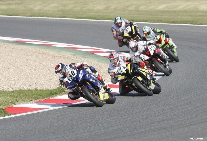 Le Challenge Yamaha R1/R6 débarque au sein de la Michelin Power Cup 2011