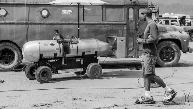 Les engins en forme de suppositoire sont nombreux au Burning Man. En voici un.