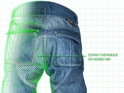 Esquad, avec son jean, vous rend Strong…