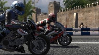 Moto GP '07 : prenez vous pour un pilote !