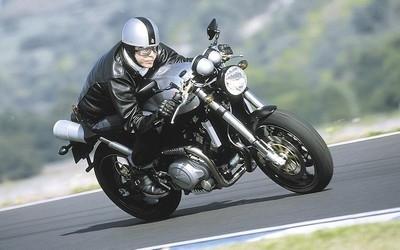 Sunday Ride Classic: Voxan et Alain Chevalier à l'honneur.