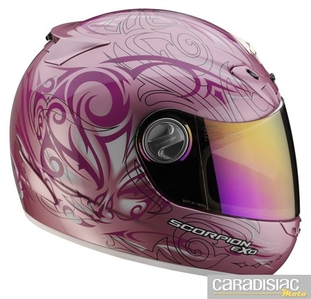 Du rose pour le Scorpion Exo-450 Air Face.