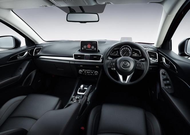 Premières infos sur la Mazda 3 hybride
