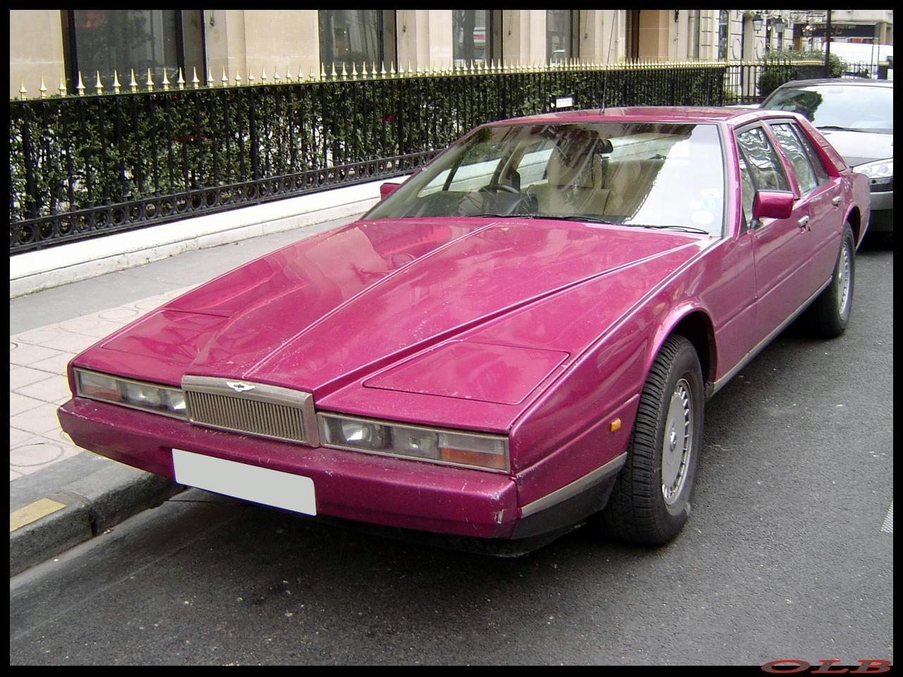 S0-La-photo-du-jour-Aston-Martin-Lagonda-52497