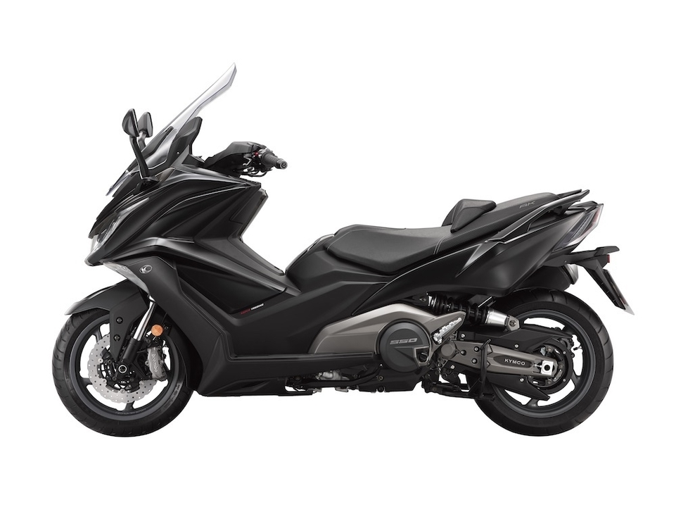 Kymco AK 550 : disponible dès avril au tarif de 9890 €