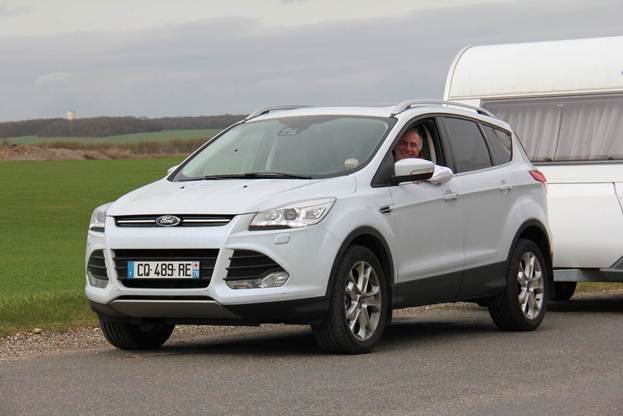 "Le Ford Kuga élu ""meilleure tractrice 2013"""