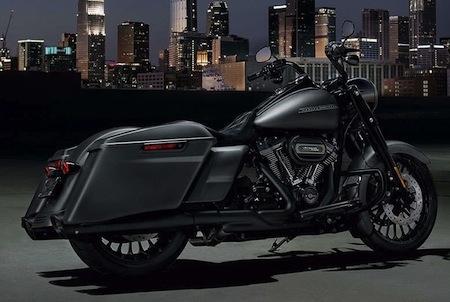 Nouveauté 2017: Harley-Davidson Road King Special... plus sombre... plus dépouillé