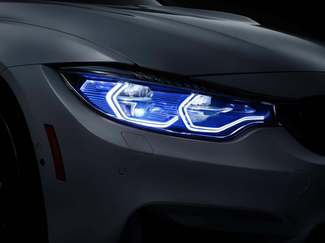 BMW M4 Concept Iconic Lights : lumineuse