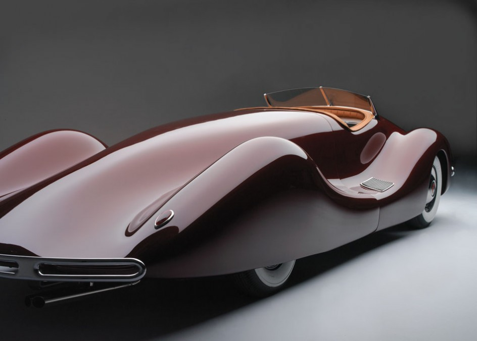 http://images.caradisiac.com/images/9/9/2/5/39925/S0-La-perfection-existait-il-y-a-60-ans-1949-Norman-E-Timbs-Buick-Streamliner-159853.jpg