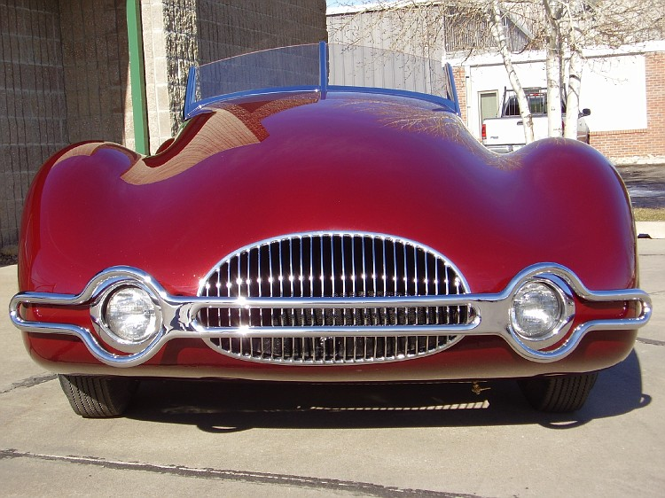 http://images.caradisiac.com/images/9/9/2/5/39925/S0-La-perfection-existait-il-y-a-60-ans-1949-Norman-E-Timbs-Buick-Streamliner-159867.jpg