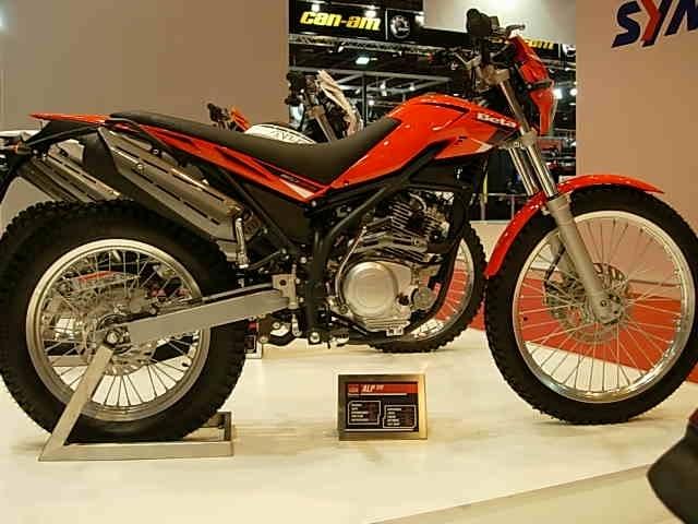 En direct du salon de la moto 2007 : Béta 125 ALP Transformers