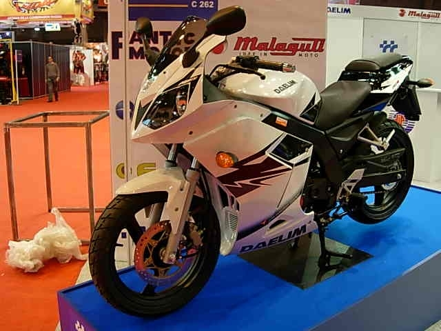 En direct du salon de la moto 2007 : Daelim Roadsport 125