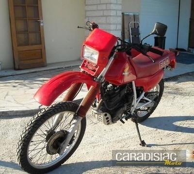 Vente à Périgueux: quelques motos...