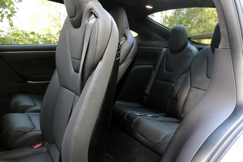 Tesla Model S P90D >> Essai vidéo - Tesla Model X : navette spéciale