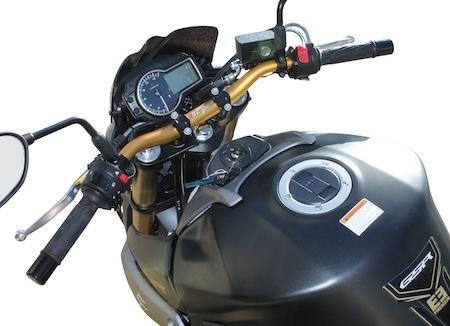 S2 Concept: Suzuki GSR 750 façon Freegun