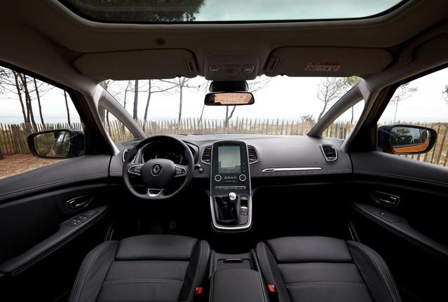 Le Renault Scénic arrive en concession : des roues de 20 pouces pour ses 20 ans