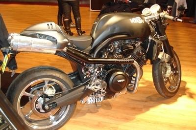 Salon de la moto 2007 : une Voxan star de la pub en invitée chez E Squad
