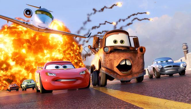 Critique Ciné Auto - Cars 2 : les tacots contre-attaquent