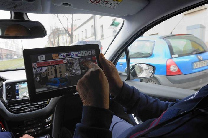 Le système de lecture automatique de plaques d'immatriculation (LAPI) pourra à l'avenir détecter les véhicules sans assurance