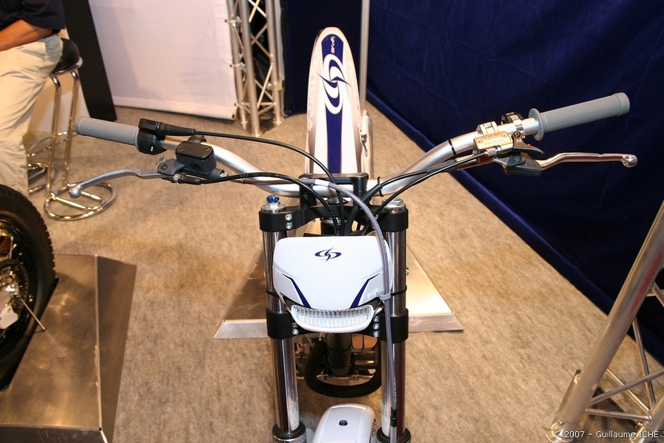 Salon de la moto 2007 en direct : le Portfolio 1, Royal Enfield et Scorpa