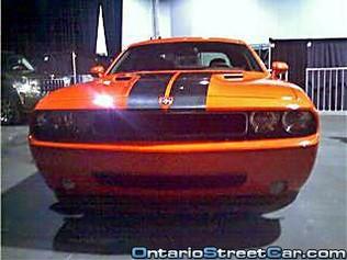 Dodge Challenger: la version de série nue !