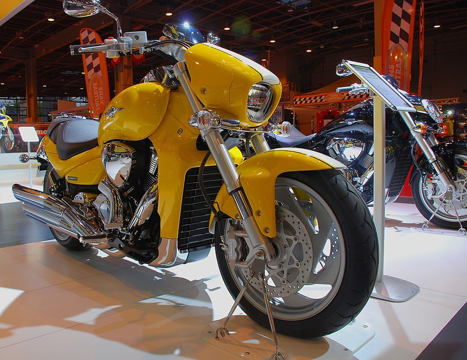 salon de la moto 2007 en direct   suzuki intruder m1800r