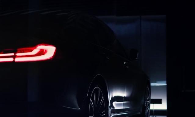 Il y a quelques jours, BMW a mis en ligne une vidéo qui confirme l'arrivée prochaine de la nouvelle Série 5. Mais le Mondial de l'Automobile ne semble pas assez bien pour elle.