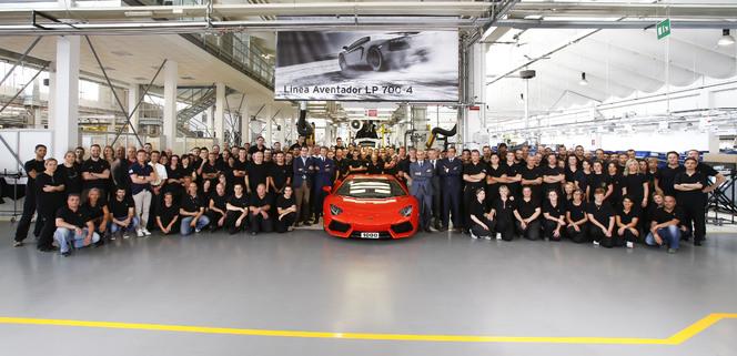 La 1000eme Lamborghini Aventador sort de l'usine
