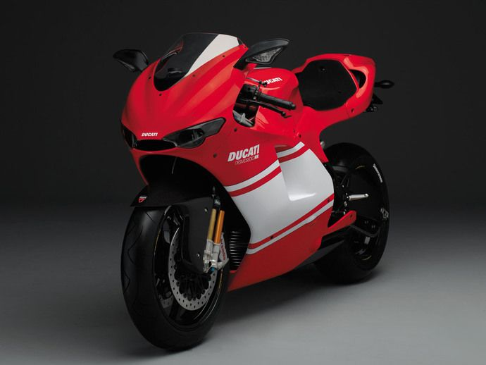 Photo ducati d16 rr desmosedici rr 2015