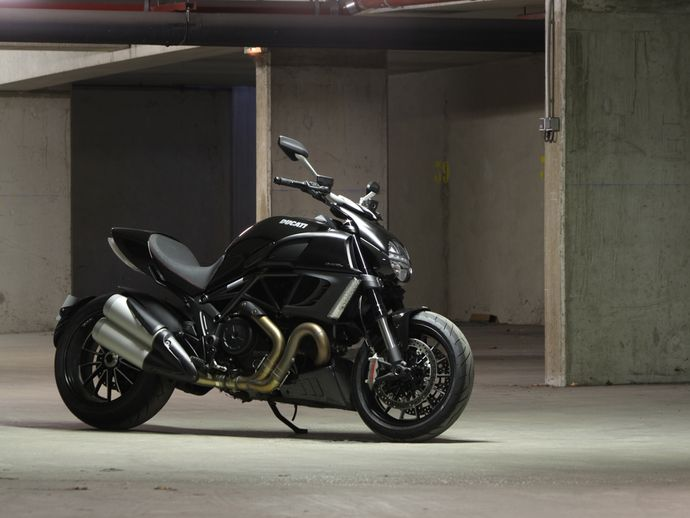 Photo ducati diavel 2017