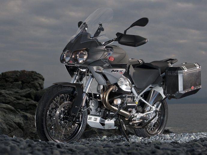 Photo moto guzzi stelvio