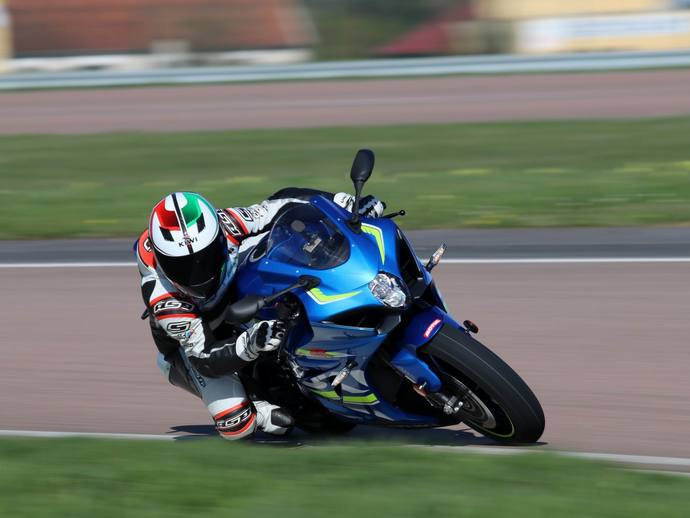 Photo suzuki gsx-r 1996