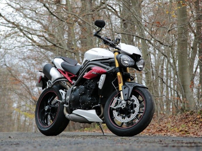 Photo triumph speed triple 2014